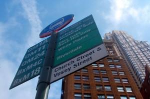 Típica parada de autobús de Nueva York