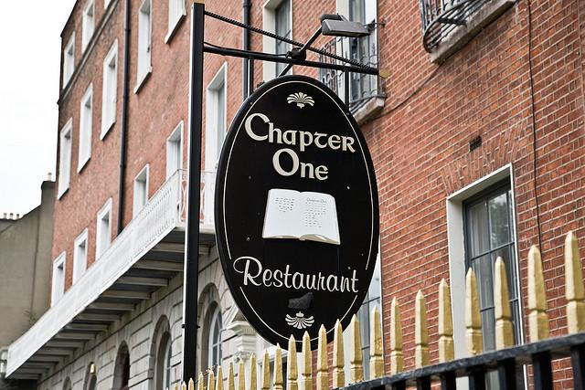 Restaurante 'Chapter One' típico de Dublín